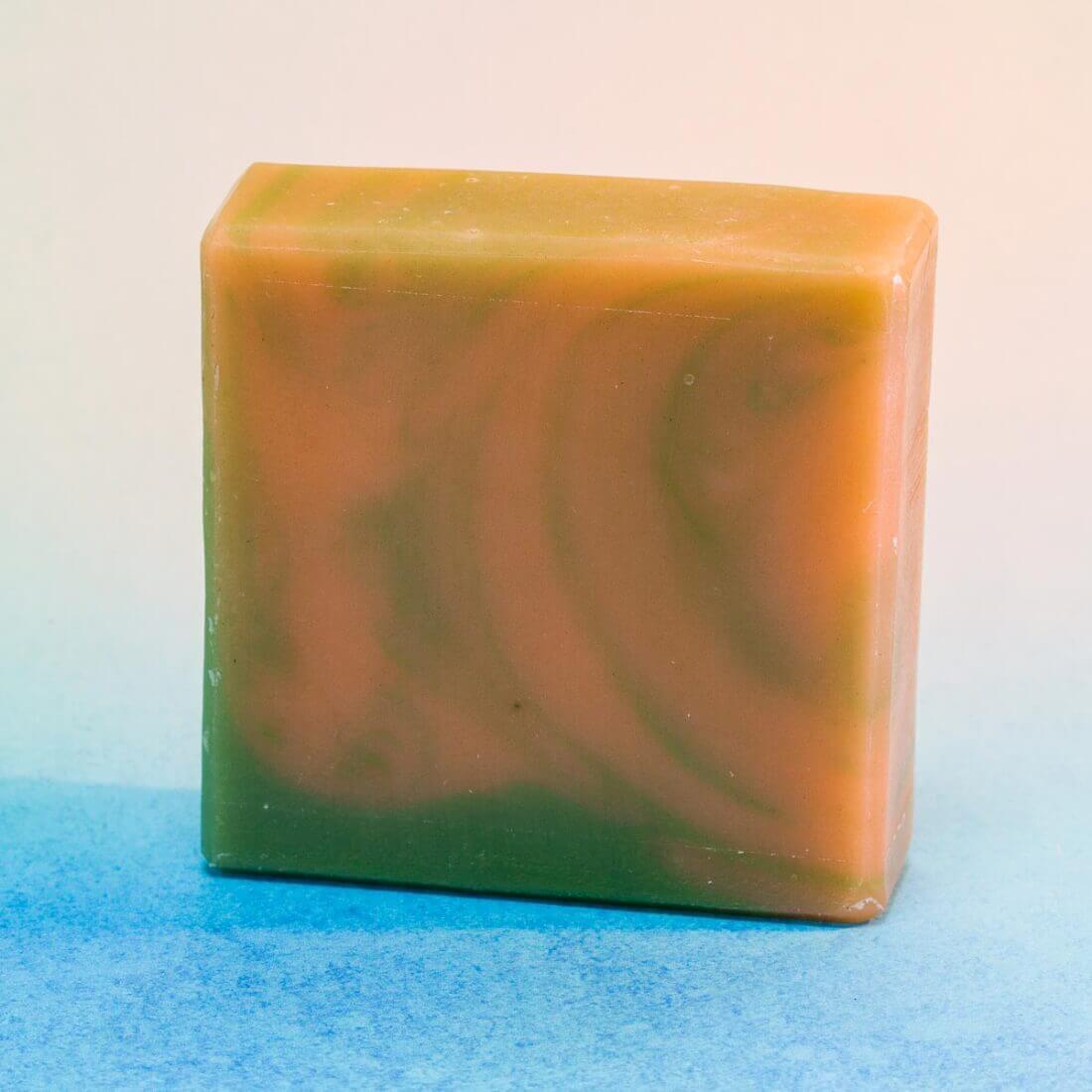 Meduňkové mýdlo1