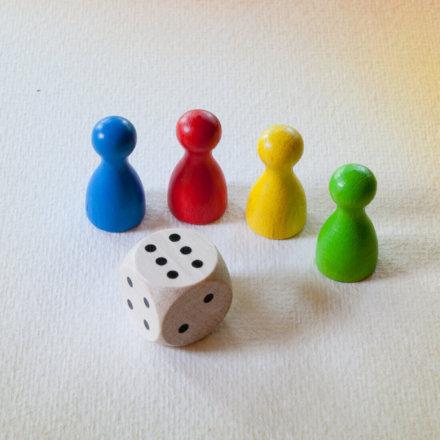 Náhradní figurky s kostkou